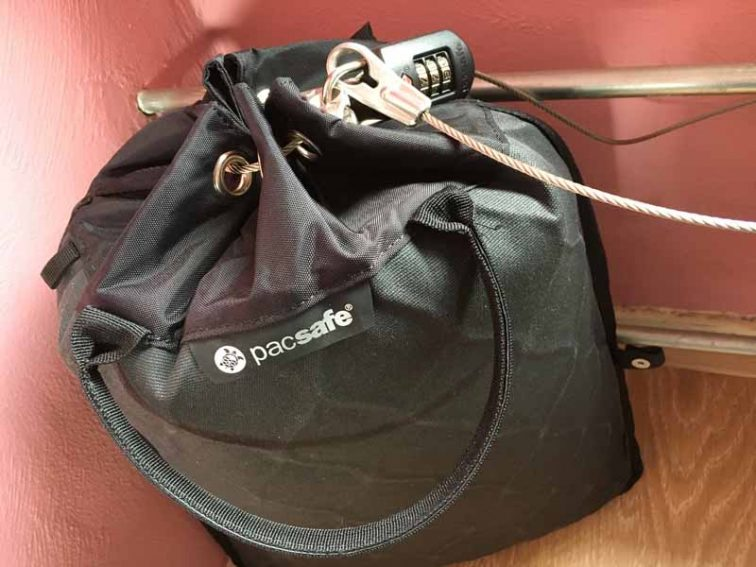 pacsafe travelsafe veilig backpacken